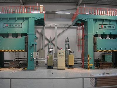 电加热导热油炉-热压机客户使用现场